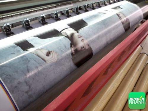 In trang trí, quảng cáo từ máy in phun khổ 3m2